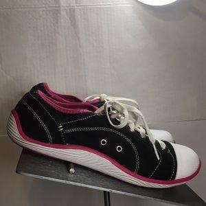 """Dr Scholl's """"JAMIE"""" Sneakers Sz 8.5"""